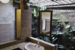 Murni's Houses bathroom_1