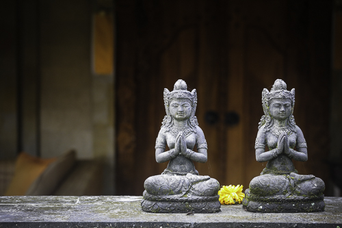 bali-spa-sitting-buddhas