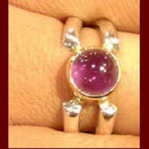 Rings: Stones